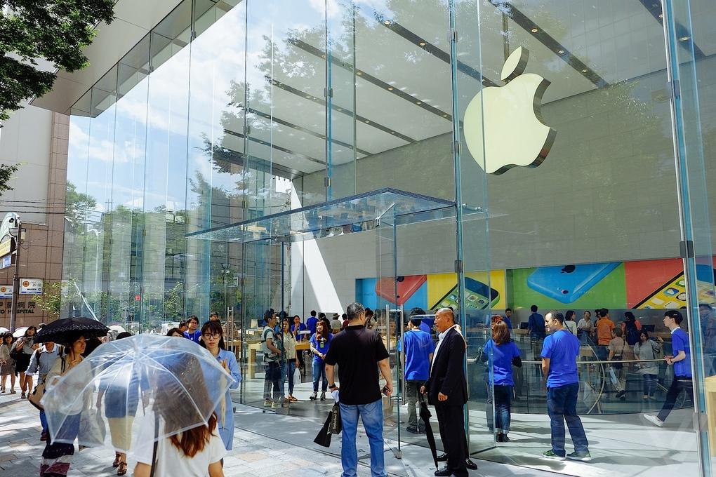 Apple-Store-Tokio3
