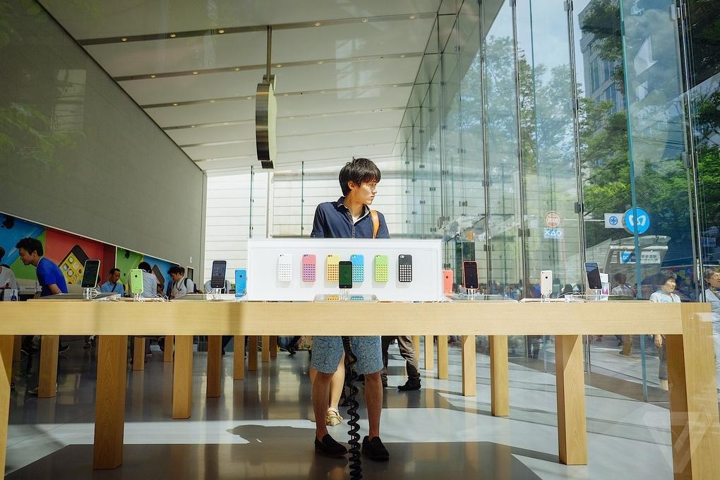 Apple-Store-Tokio5