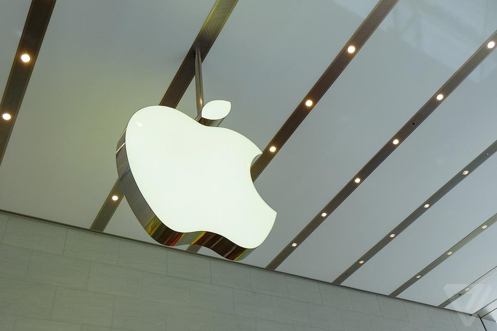 Apple-Store-Tokio6